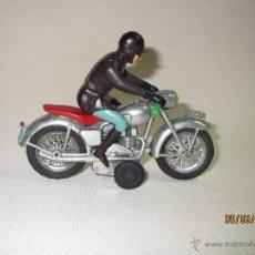 Juguetes antiguos Sanchís - Antiguo Motorista y Moto a Friccion Ref. IBI-140 de Juguetes SANCHIS a Estrenar 1ª Época Año 1960s - 54932345