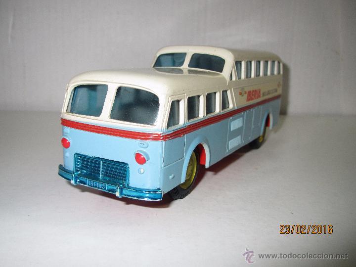 Juguetes antiguos Sanchís: Antiguo Autobus PEGASO Z-403 Monocasco IBERIA 1950 a Fricción de Juguetes SANCHIS IBI - Año 1960-70s - Foto 2 - 55224396