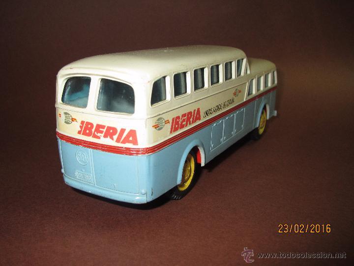 Juguetes antiguos Sanchís: Antiguo Autobus PEGASO Z-403 Monocasco IBERIA 1950 a Fricción de Juguetes SANCHIS IBI - Año 1960-70s - Foto 5 - 55224396