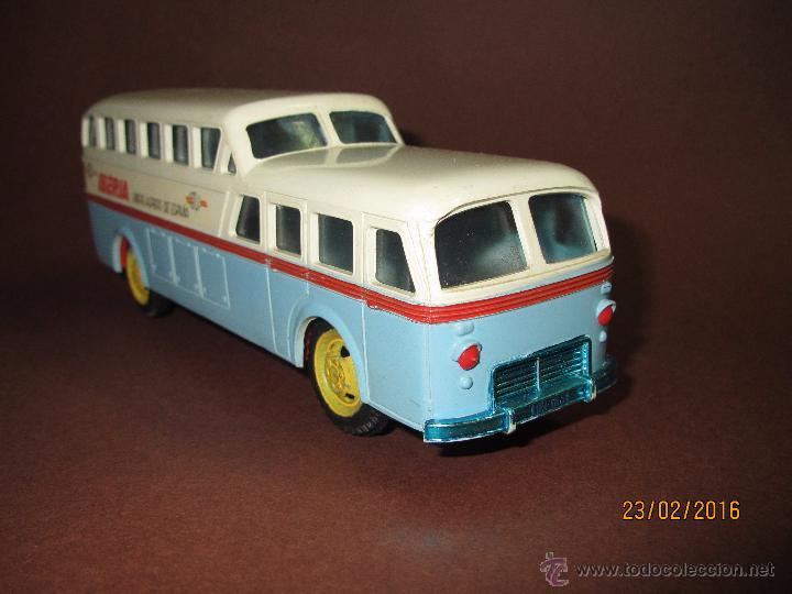 Juguetes antiguos Sanchís: Antiguo Autobus PEGASO Z-403 Monocasco IBERIA 1950 a Fricción de Juguetes SANCHIS IBI - Año 1960-70s - Foto 6 - 55224396