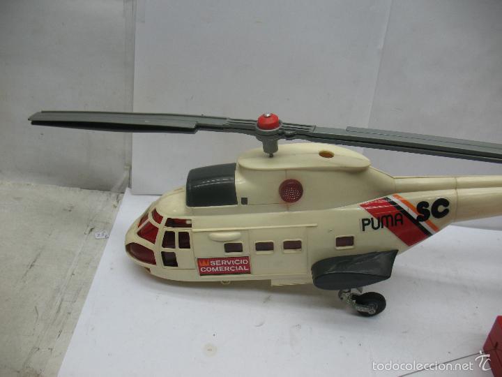 Juguetes antiguos Sanchís: Sanchis - Helicóptero de plástico SC PUMA SERVICIO COMERCIAL con mecanismo a pilas - Foto 2 - 57848441