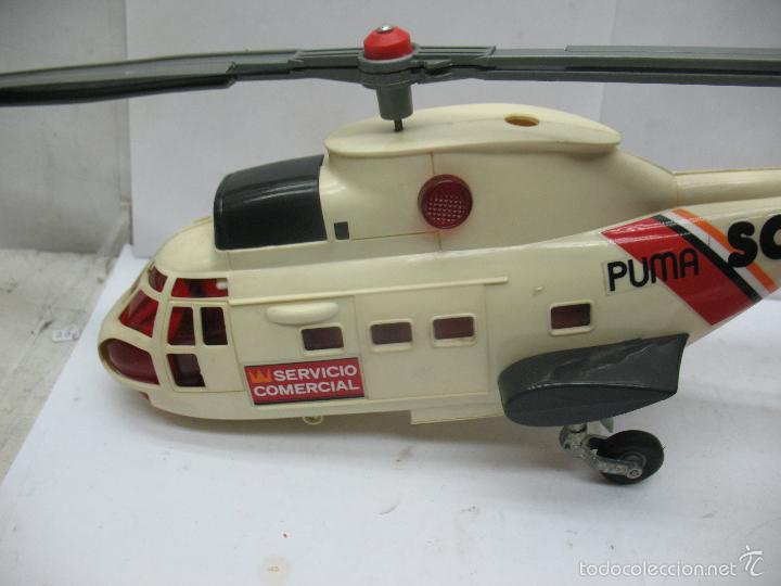 Juguetes antiguos Sanchís: Sanchis - Helicóptero de plástico SC PUMA SERVICIO COMERCIAL con mecanismo a pilas - Foto 3 - 57848441