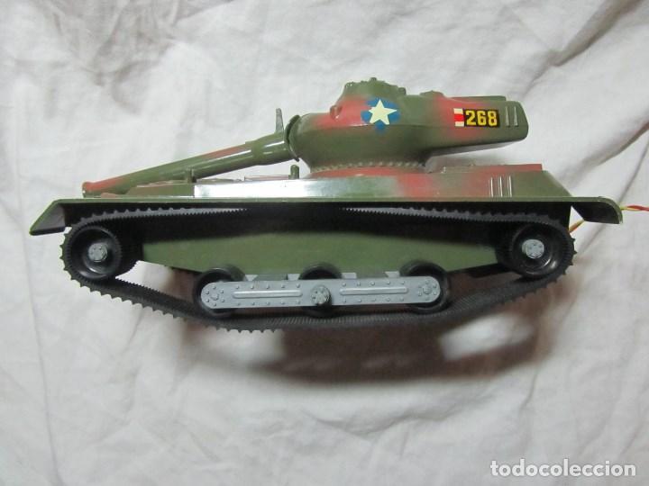 Juguetes antiguos Sanchís: Carro de combate Lanza misiles Sanchis, funcionando, en caja original - Foto 5 - 67762833