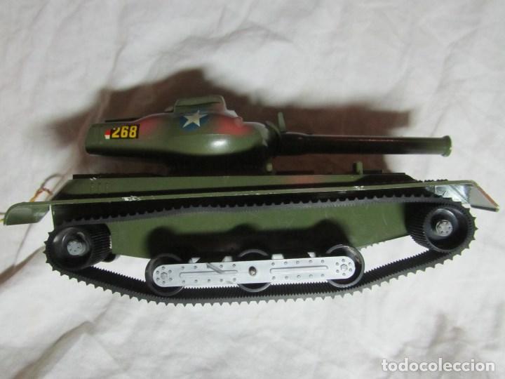 Juguetes antiguos Sanchís: Carro de combate Lanza misiles Sanchis, funcionando, en caja original - Foto 7 - 67762833
