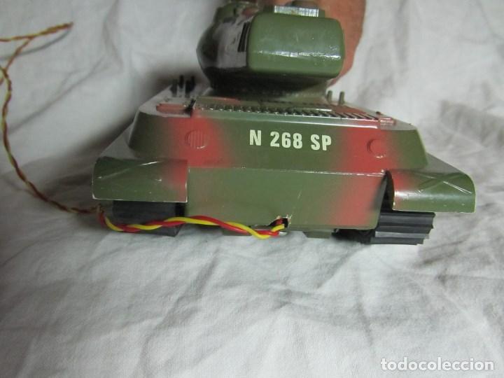 Juguetes antiguos Sanchís: Carro de combate Lanza misiles Sanchis, funcionando, en caja original - Foto 9 - 67762833
