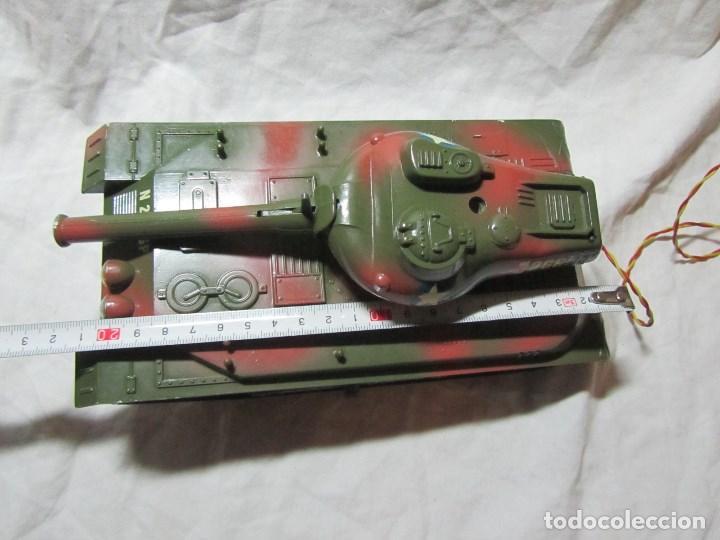 Juguetes antiguos Sanchís: Carro de combate Lanza misiles Sanchis, funcionando, en caja original - Foto 10 - 67762833