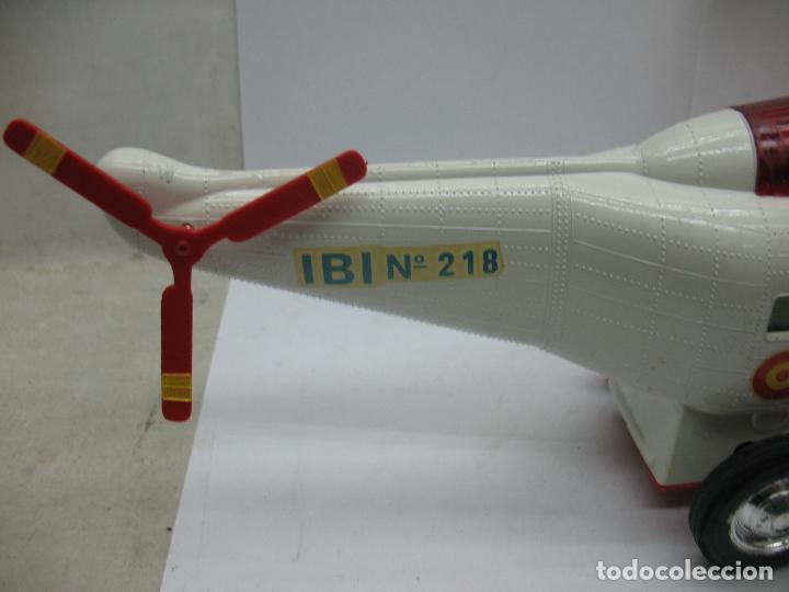 Juguetes antiguos Sanchís: Sanchis Ref: 218 - Helicóptero Frelon Taxi Aereo de plástico con mecanismo a fricción - Foto 3 - 71906771