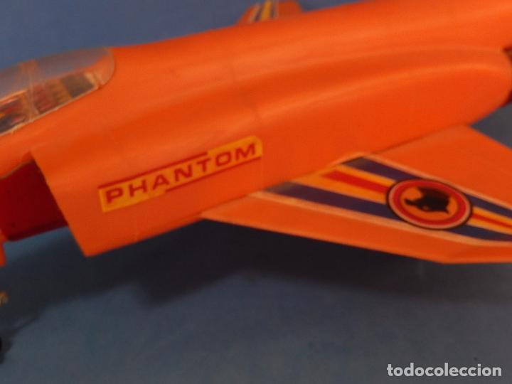 Juguetes antiguos Sanchís: Avión. Phantom II. Fabricado por Sanchís. Fricción. - Foto 6 - 99885015