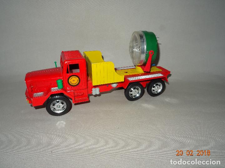 Juguetes antiguos Sanchís: Antiguo Camión de Transmisiones con Reflector - Gran Tamaño Ref. 220 de Juguetes SANCHÍS - Foto 7 - 113058755