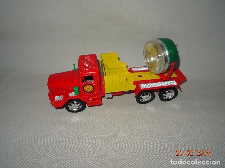 Juguetes antiguos Sanchís: Antiguo Camión de Transmisiones con Reflector - Gran Tamaño Ref. 220 de Juguetes SANCHÍS - Foto 8 - 113058755