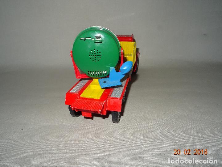 Juguetes antiguos Sanchís: Antiguo Camión de Transmisiones con Reflector - Gran Tamaño Ref. 220 de Juguetes SANCHÍS - Foto 10 - 113058755