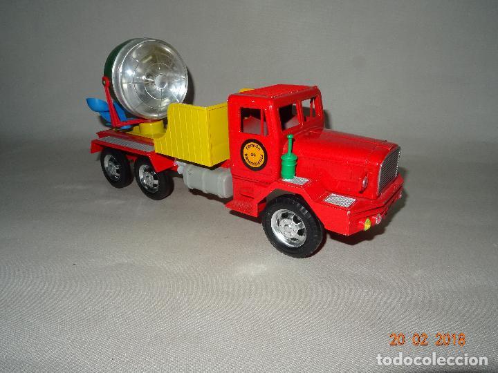 Juguetes antiguos Sanchís: Antiguo Camión de Transmisiones con Reflector - Gran Tamaño Ref. 220 de Juguetes SANCHÍS - Foto 11 - 113058755