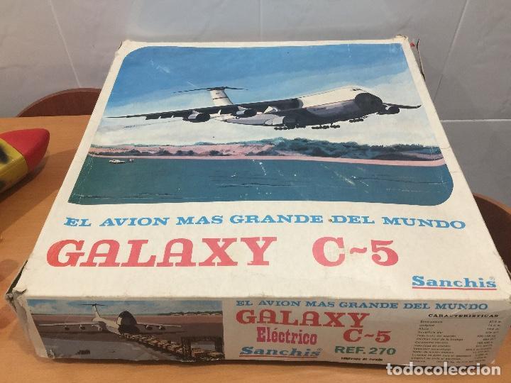 Juguetes antiguos Sanchís: SANCHIS AVION GALAXY C-5 ELECTRICO MILITAR ULTRA RARO - Foto 10 - 115536579
