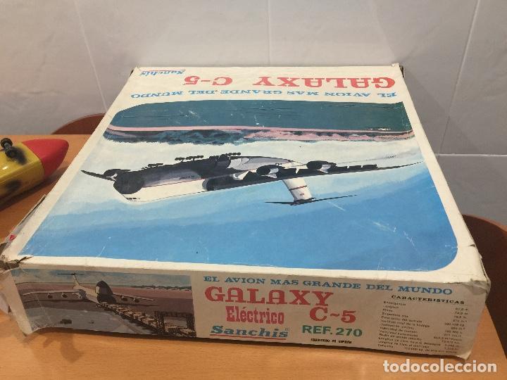 Juguetes antiguos Sanchís: SANCHIS AVION GALAXY C-5 ELECTRICO MILITAR ULTRA RARO - Foto 12 - 115536579