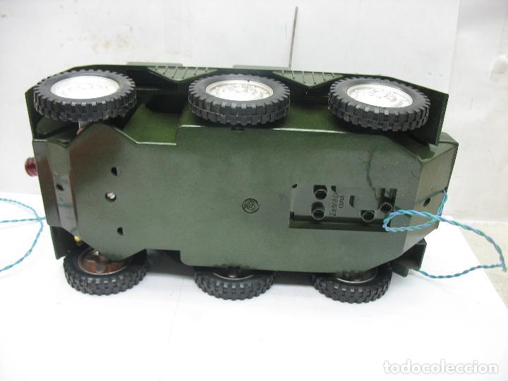 Juguetes antiguos Sanchís: Sanchis - Tanque Carro Armado de plástico con mecanismo a pilas y con mando - Foto 8 - 120294947