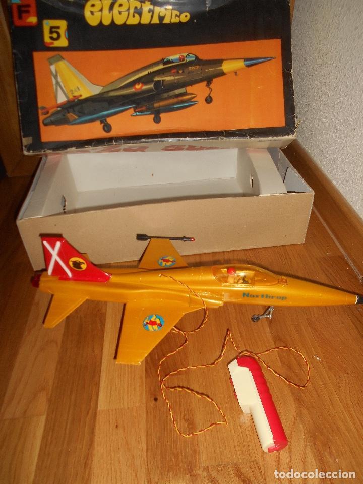 AVION CAZA SUPERSONICO F-5 DE SANCHIS EN CAJA (Juguetes - Marcas Clásicas - Sanchís)