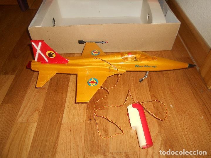 Juguetes antiguos Sanchís: AVION CAZA SUPERSONICO F-5 DE SANCHIS EN CAJA - Foto 4 - 151903814