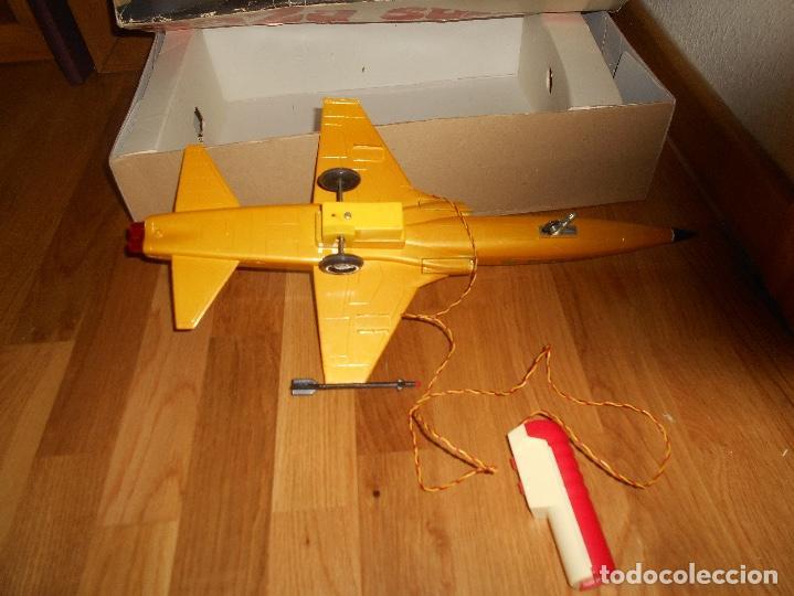 Juguetes antiguos Sanchís: AVION CAZA SUPERSONICO F-5 DE SANCHIS EN CAJA - Foto 5 - 151903814