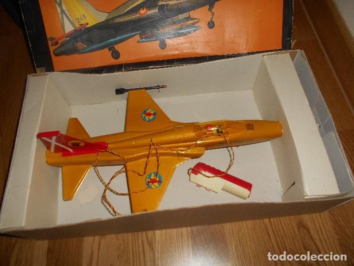Juguetes antiguos Sanchís: AVION CAZA SUPERSONICO F-5 DE SANCHIS EN CAJA - Foto 6 - 151903814