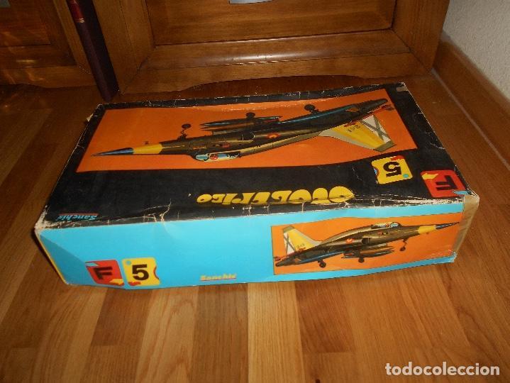 Juguetes antiguos Sanchís: AVION CAZA SUPERSONICO F-5 DE SANCHIS EN CAJA - Foto 8 - 151903814
