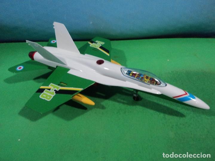 Juguetes antiguos Sanchís: AVION F-18 DE SANCHIS-ARTICULO NUEVO DE ALMACEN - Foto 3 - 158349962