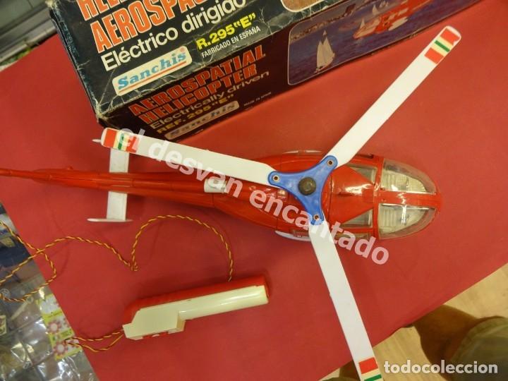 Juguetes antiguos Sanchís: HELICOPTERO AEROSPACIAL SANCHIS. Ref. 295 E. Buen estado NO COMPROBADO FUNCIONAMIENTO - Foto 5 - 178938093