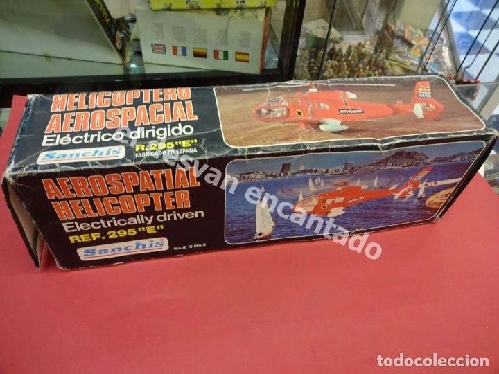 Juguetes antiguos Sanchís: HELICOPTERO AEROSPACIAL SANCHIS. Ref. 295 E. Buen estado NO COMPROBADO FUNCIONAMIENTO - Foto 10 - 178938093
