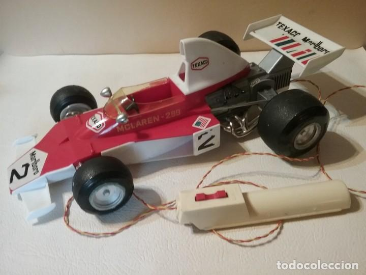 Juguetes antiguos Sanchís: Antiguo coche radiocontrol SANCHIS FORMULA 1 McLaren 299 FUNCIONANDO. - Foto 4 - 205358405