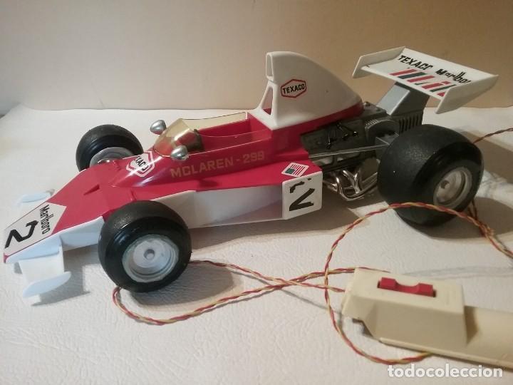 Juguetes antiguos Sanchís: Antiguo coche radiocontrol SANCHIS FORMULA 1 McLaren 299 FUNCIONANDO. - Foto 5 - 205358405