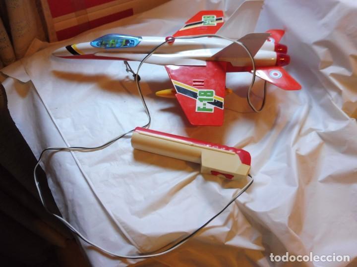 Juguetes antiguos Sanchís: Sanchís avión cabledirigido F-18 sin caja - Foto 3 - 229198030