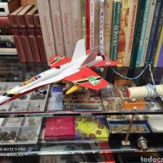 Juguetes antiguos Sanchís: AVIÓN F-18 DE SANCHÍS AÑOS 70 DE CABLE. Lote 244339305