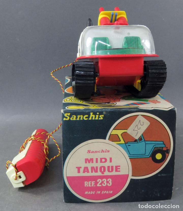 Juguetes antiguos Sanchís: Tanque Midi Sanchisquito Sanchis Ref 233 Serie Eléctrica cabledirigido caja años 70 Funciona - Foto 3 - 245240000