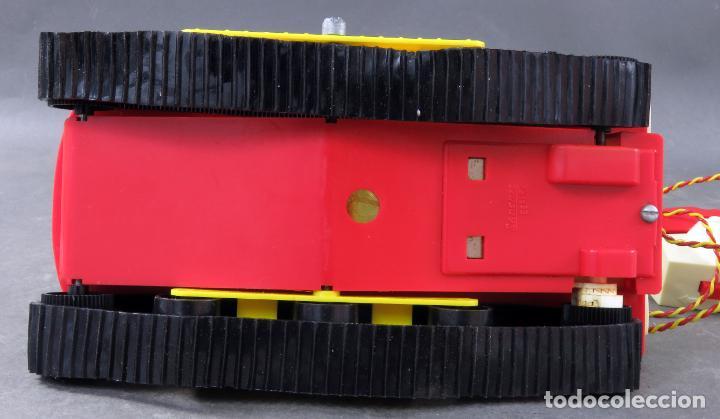 Juguetes antiguos Sanchís: Tanque Midi Sanchisquito Sanchis Ref 233 Serie Eléctrica cabledirigido caja años 70 Funciona - Foto 9 - 245240000