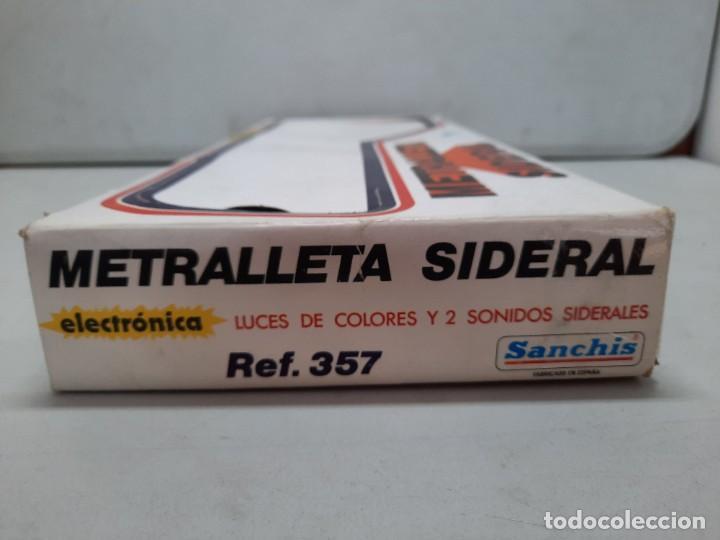 Juguetes antiguos Sanchís: METRALLETA SIDERAL ELECTRONICA DE SANCHIS , NUEVA A ESTRENAR, Ref 357 FUNCIONA!! - Foto 6 - 252614380