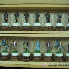 Juguetes Antiguos: SOLDADOS PLOMO AJEDREZ MOROS Y CRISTIANOS - 32 PIEZAS, PINTADO CALIDAD-. Lote 26502351