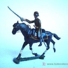 Juguetes Antiguos: CASANELLAS.OFICIAL CON SABLE+CABALLO, REF.1403. Lote 26923973