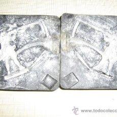 Juguetes Antiguos: MOLDE PARA SOLDADITOS DE PLOMO DE 7 X 7 CM. DE SILICONA . Lote 117155318