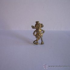 Juguetes Antiguos: ANTIGUO MICKEY DE PLOMO CON AGUJA PARA SOLAPA. Lote 26472302
