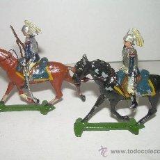 Juguetes Antiguos: ANTIGUOS SOLDADOS DE PLOMO. Lote 25983288
