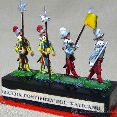 Juguetes Antiguos: RARAS FIGURAS DE PLOMO, GUARDIA PONTIFICIA DEL VATICANO , ALYMER, MINIPLOMS, 1960S, H0, 1/87. Lote 21638453