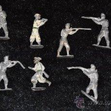 Juguetes Antiguos: LOTE DE 10 SOLDADOS DE PLOMO DE PP S.XX.. Lote 26756510