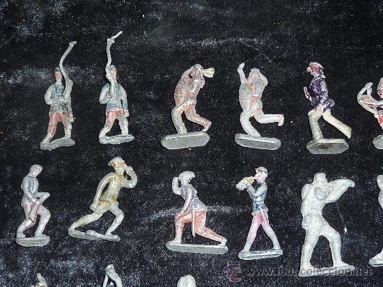 Juguetes Antiguos: Lote de 54 soldados de plomo antiguos. De pp s.XX. - Foto 2 - 26756506