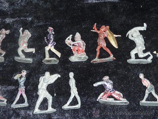 Juguetes Antiguos: Lote de 54 soldados de plomo antiguos. De pp s.XX. - Foto 3 - 26756506