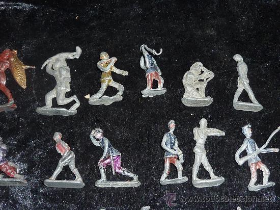 Juguetes Antiguos: Lote de 54 soldados de plomo antiguos. De pp s.XX. - Foto 4 - 26756506