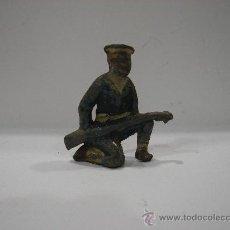 Juguetes Antiguos: SOLDADO DE PLOMO. ANTIGUO.. Lote 23135885
