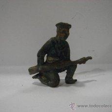 Juguetes Antiguos: SOLDADO DE PLOMO. ANTIGUO.. Lote 23135899