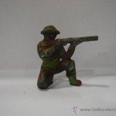 Juguetes Antiguos: SOLDADO DE PLOMO. ANTIGUO.. Lote 23135970