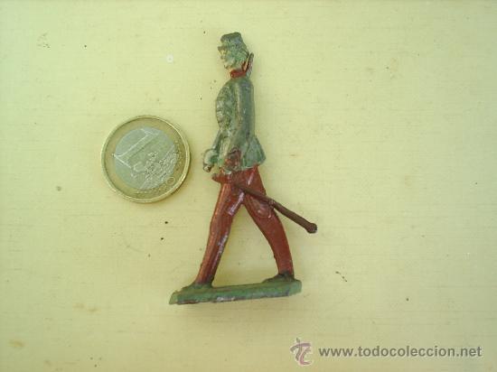 Juguetes Antiguos: antiguo soldadito de plomo , militar desfilando - Foto 2 - 26389960
