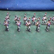 Juguetes Antiguos: SOLDADOS DE PLOMO. BATALLON NAPOLEON 20 MM. PINTADOS. Lote 32882253