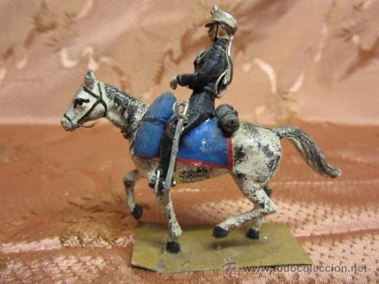 Juguetes Antiguos: Soldadito de plomo, jinete a caballo de la guardia real española / Circa 1910 - Foto 4 - 37125053